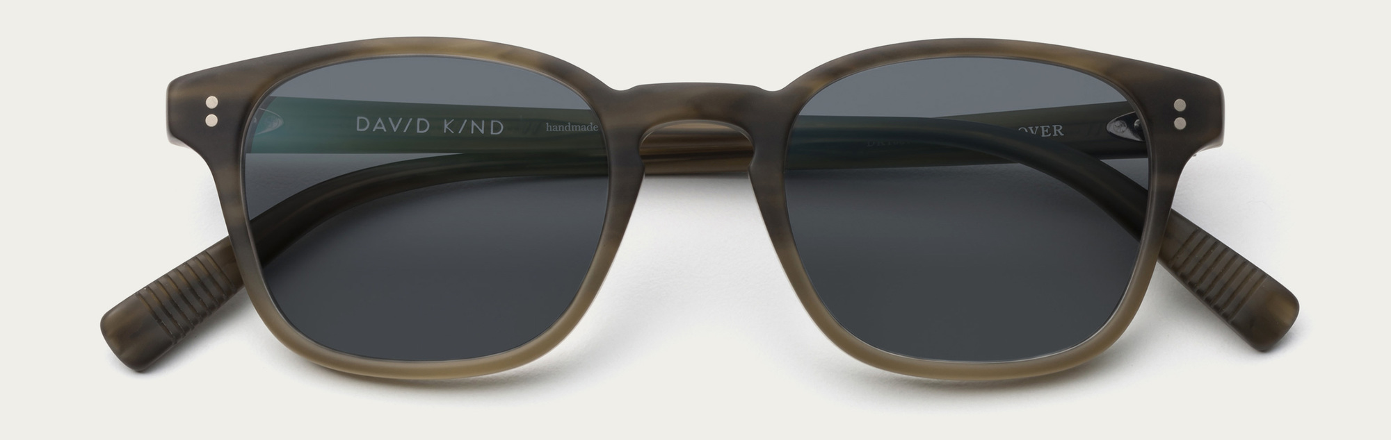 Large 2x clover in matte pine sun grey lens