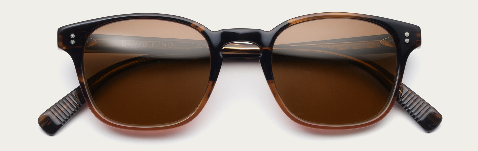 Large 2x clover dusk with brown lenses