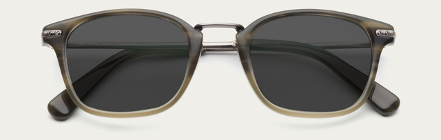 Tiny 2x roman in pine sun grey lens