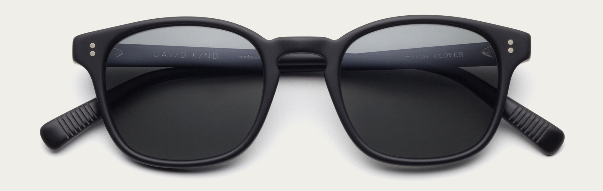 Large 2x clover in matte black sun grey lens